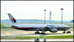 photo of Boeing 777-2H6ER 9M-MRO