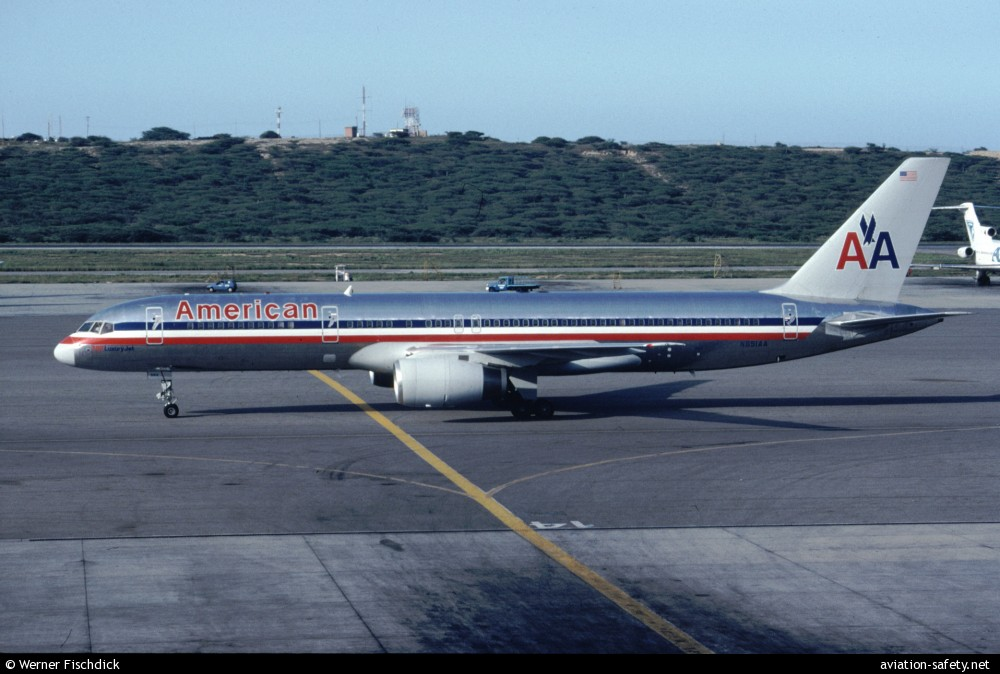 Asn Aircraft Accident Boeing 757 223 N651aa Buga